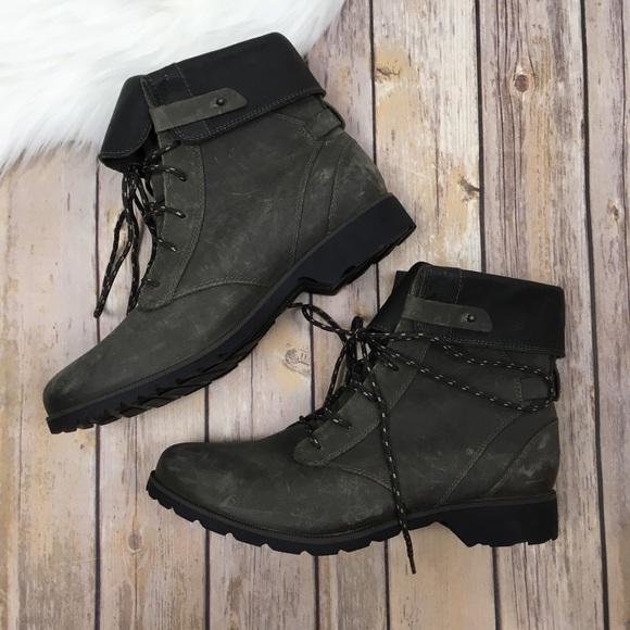 Teva De La Vina Lace Boots Dark Olive